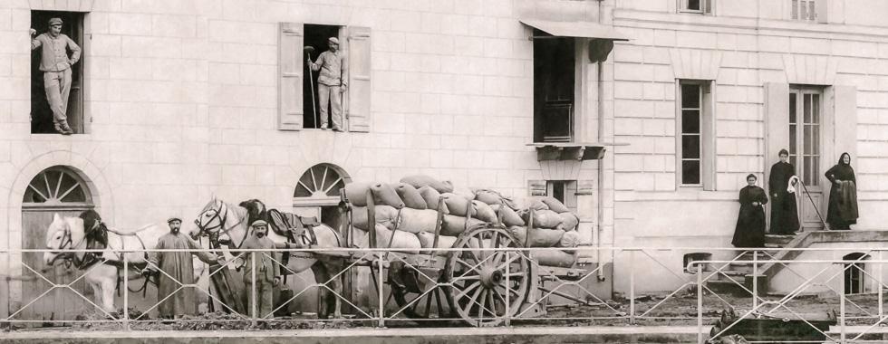 Moulin-reguignon-transport-cereales-charette