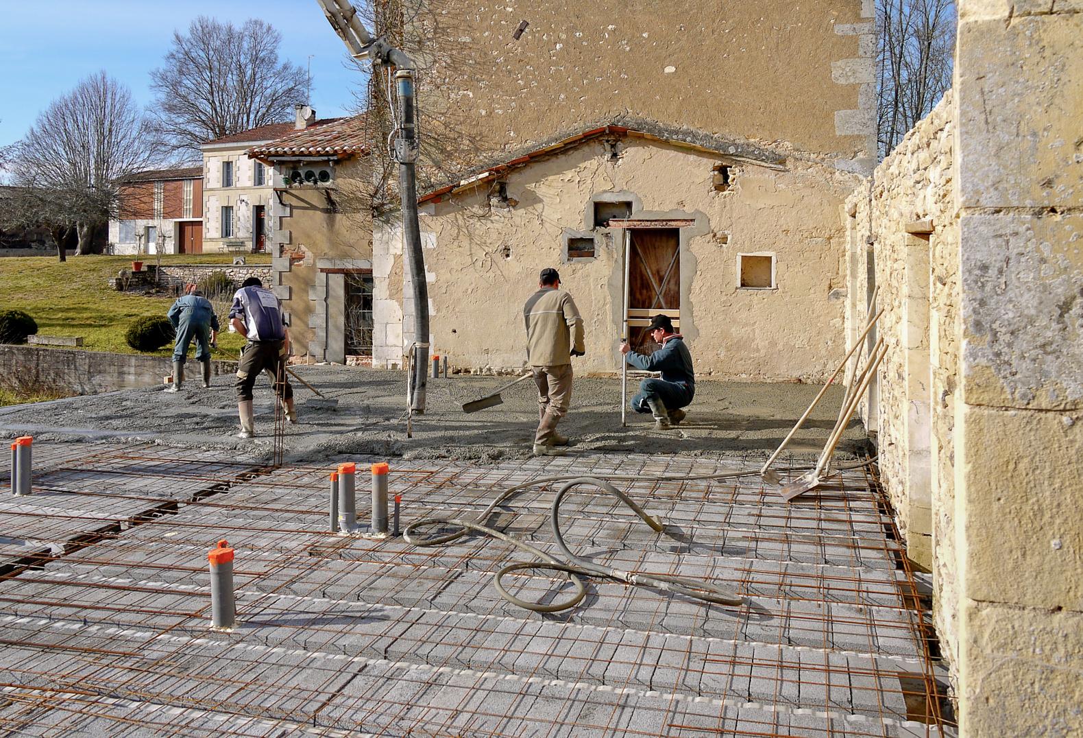 Au four et au moulin albums photos for Coulage plancher