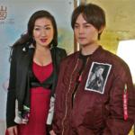 À droite Yin Zheng